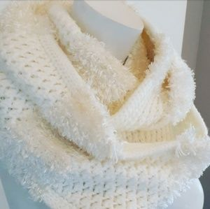 Accessories - COPY - Infinity scarf